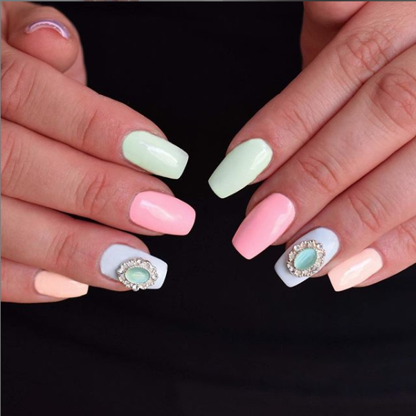 mismatched nails pastel